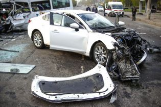 ДТП в Кривом Роге: в интернет выложили видео последних секунд движения Mazda перед аварией