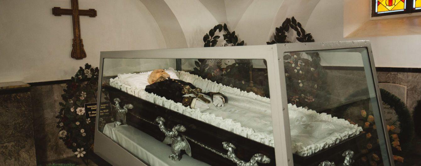Українська технологія бальзамування Пирогова виявилася ліпшою за російську обробку мумії Леніна