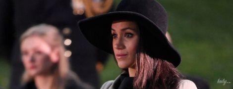 Неудачное пальто и новый конфуз: Меган Маркл с принцем Гарри посетила памятную службу