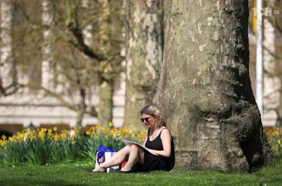 Синоптики обіцяють окремим регіонам до 28 градусів тепла. Прогноз погоди на 26 квітня