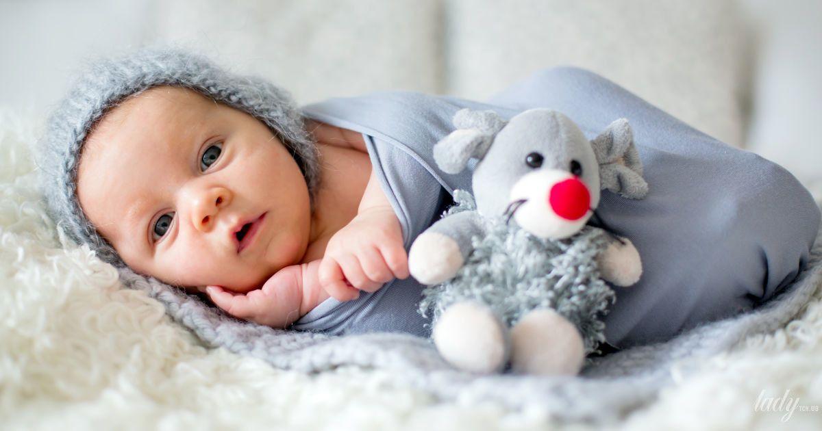 Почему не нужно пеленать новорожденного