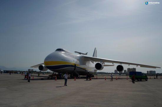 На авіашоу до Туреччини з України прибув найбільший у світі серійний вантажний літак Ан-124