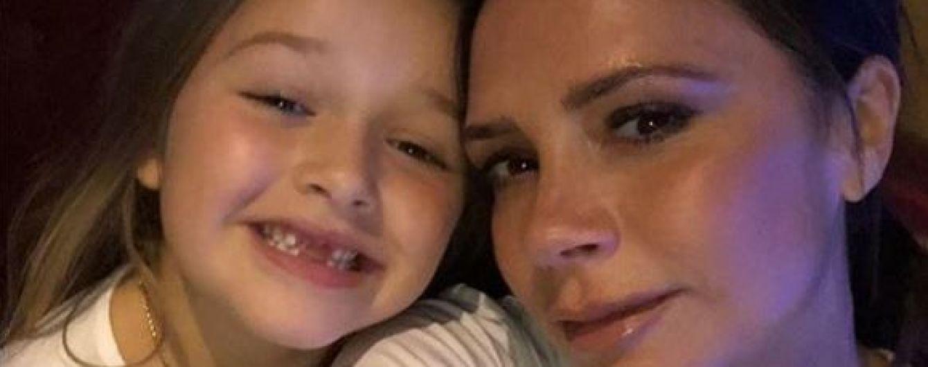 Вікторія Бекхем продемонструвала зачіску від шестирічної доньки