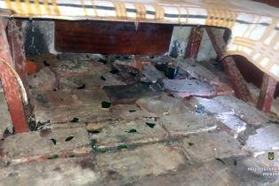 """На Харківщині чоловік кинув на сусідське подвір'я """"коктейль Молотова"""", постраждала дитина"""