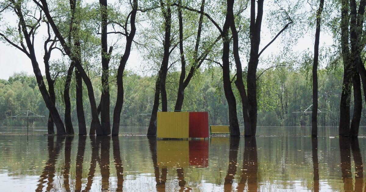 "Частоково затопило ""Золотий пляж"""