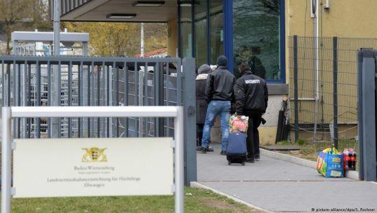 У Німеччині 150 біженців влаштували сутичку з поліцейськими