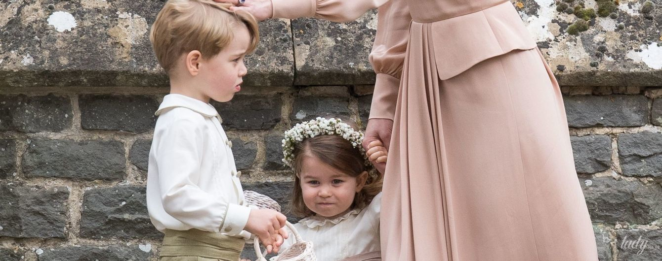 Дети Кембриджей - принц Джордж и принцесса Шарлотта, уже готовятся к свадьбе принца Гарри и Меган Маркл