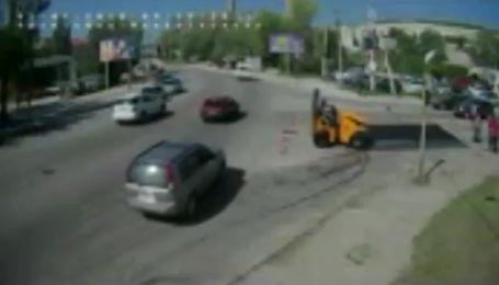 Момент ужасного ДТП в Днепре зафиксировали на видео