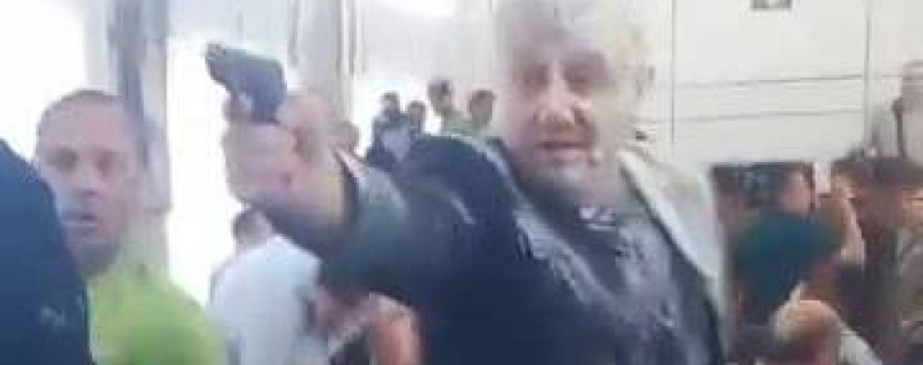 Поліція кваліфікувала стрілянину на засіданні Нікопольської міськради як хуліганство