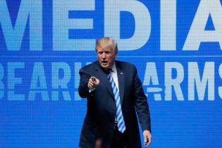 Трамп назвал причиной теракта в Париже 2015 года отсутствие права на оружие. Во Франции возмутились