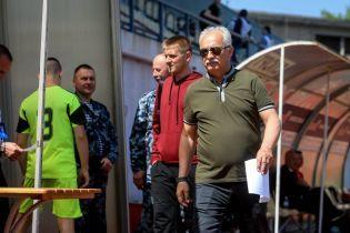 """Президент """"Зари"""" рассказал анекдот про """"возню"""" с каналами Ахметова"""