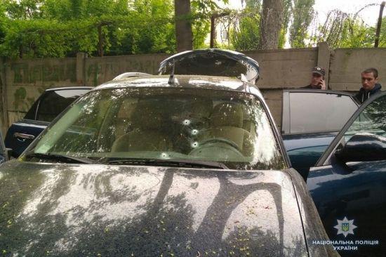 Поліція відкрила кримінальне провадження через обстріл Infiniti у центрі Києва