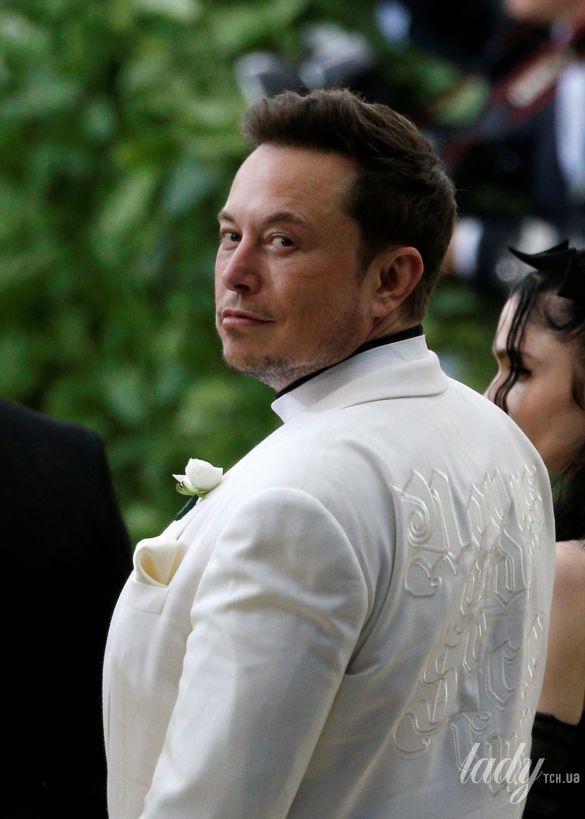 Илон Маск на Met Gala-2018_6
