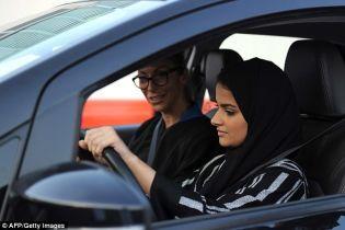 Последний запрет отменен. Женщины Саудовской Аравии получили право водить автомобили