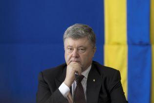 Порошенко з Путіним обговорили звільнення українських заручників