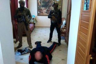 На Луганщині схопили завербованого спецслужбами РФ екс-в'язня, який готував вбивство колишнього судді