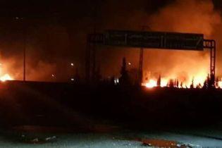 Ізраїль завдав ракетного удару по околицях Дамаска