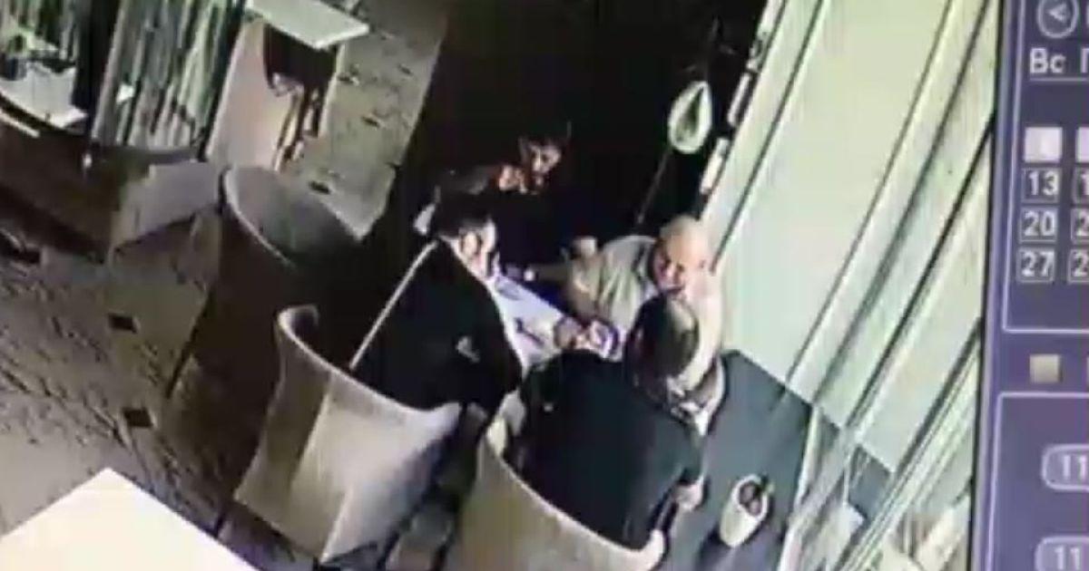 Камери відеоспостреження лубенського кафе зафіксували нападників @ Полтавщина