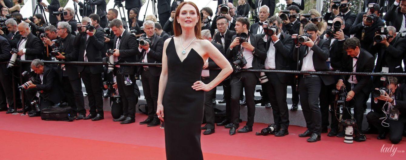 В элегантном платье и роскошных украшениях: эффектный выход Джулианны Мур на Каннском кинофестивале