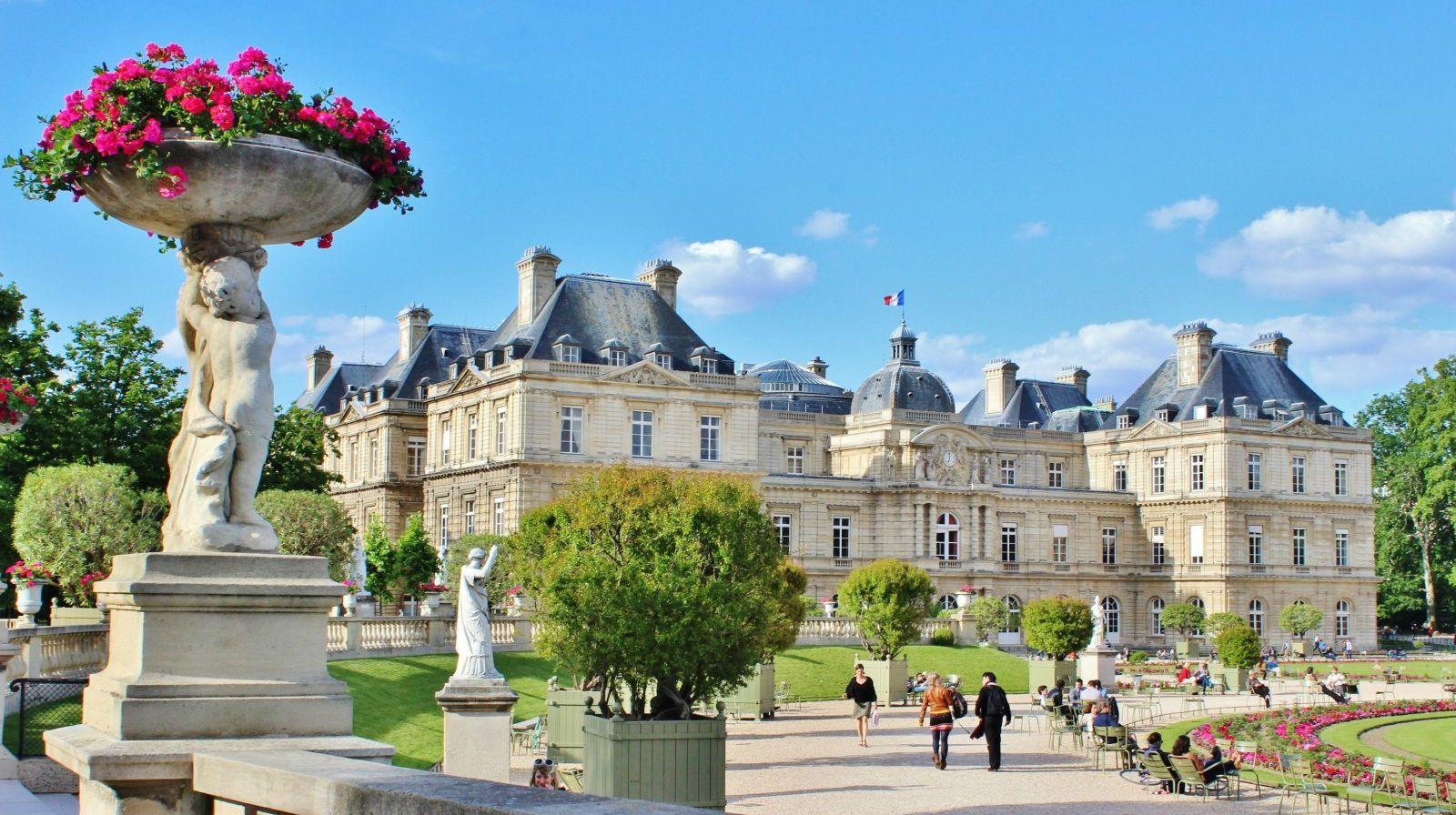Париж, Франція, замок