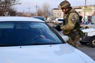 Вместо блокпостов на Донбассе полиция создаст больше 100 дополнительных мобильных патрулей