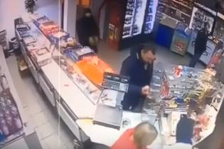 Суд виніс вирок сину нардепа Попова, який грабував магазин з товаришем