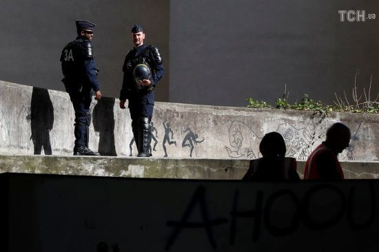 У Парижі озброєний ножем чоловік напав на перехожих, є жертви