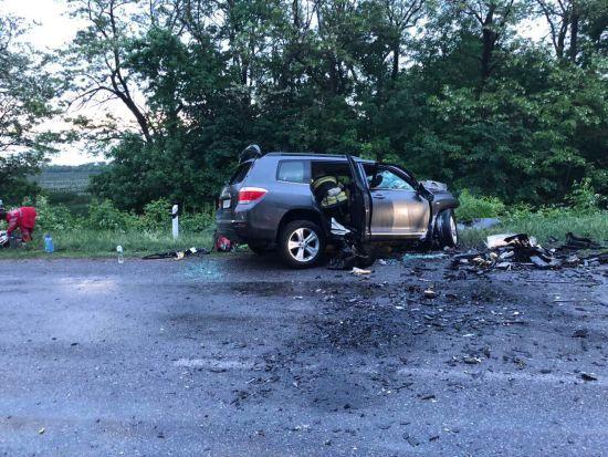 На Кіровоградщині у моторошній ДТП загинули 4 людини, у тому числі двоє маленьких дітей