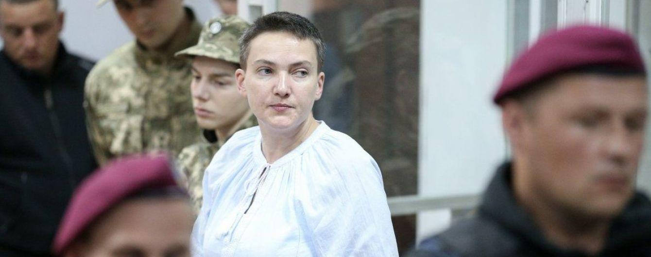Савченко на два місяці подовжили арешт