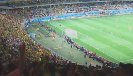 Чи погодяться іноземні вболівальники оселитися в гаражі під час фіналу Ліги чемпіонів