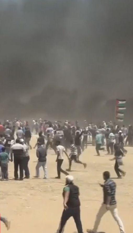 Після кривавих сутичок, які забрали життя 58 людей, палестинці оголосили загальний страйк