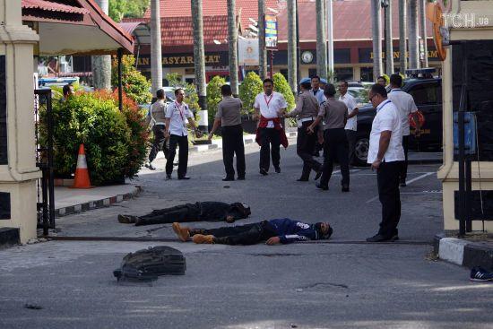 В Індонезії самураї напали на штаб поліції. Є жертви