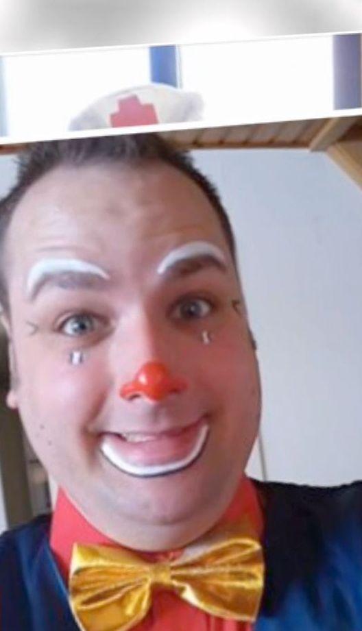 Один з найвідоміших клоунів Бельгії вбив кохану на очах її дітей