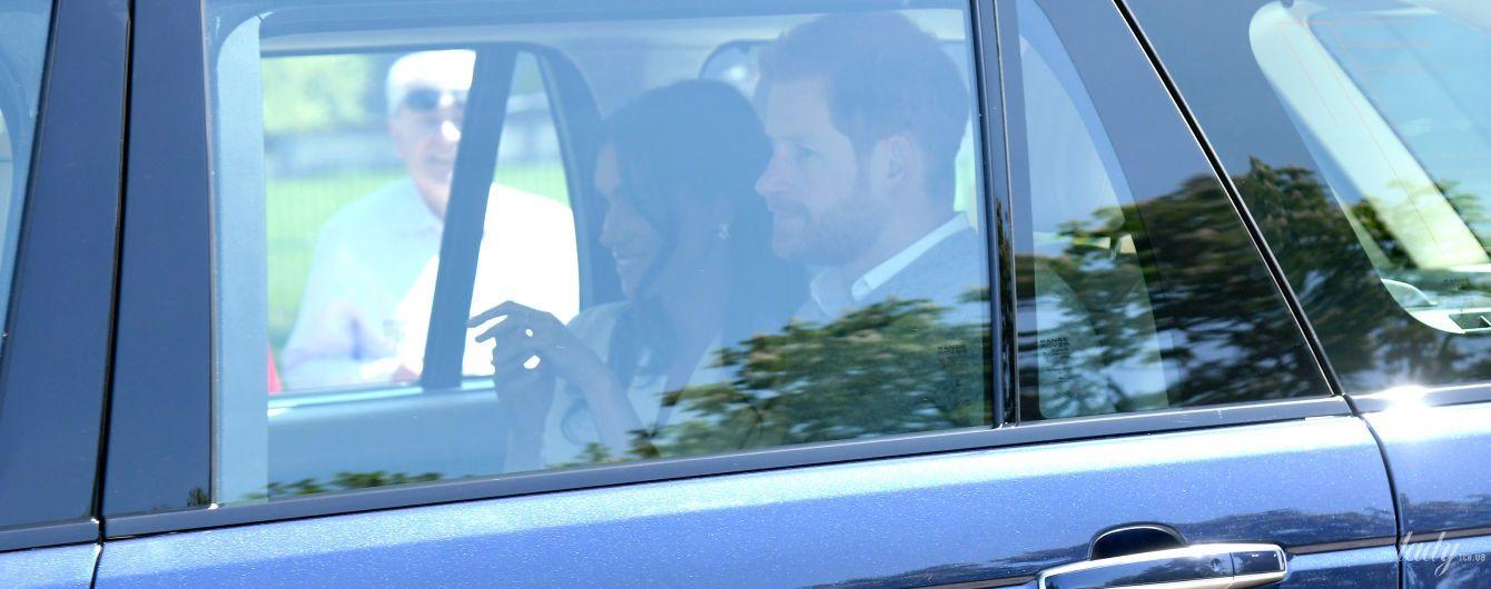 В белой блузке и с улыбкой: Меган Маркл и принц Гарри уже отрепетировали свадьбу