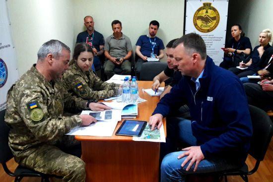 Командующий ООС попросил Хуга повлиять на боевиков для прекращения огня