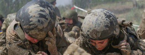 Ситуация сложная. Силовики заявили о вражеских обстрелах на всей линии соприкосновения на Донбассе