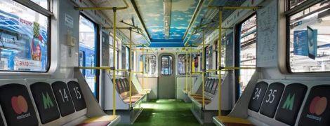 В киевском метро появился вагон-стадион