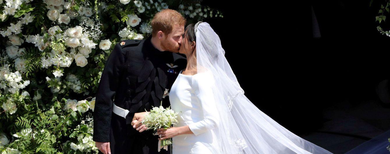 Создатель свадебного платья Меган Маркл показал оригинальные эскизы наряды герцогини