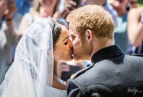 Поцелуй принца Гарри и Меган Маркл_6