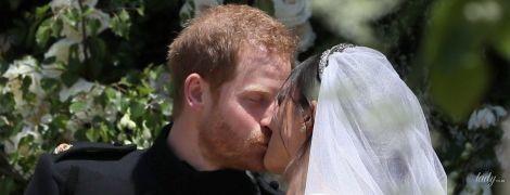 Страстный и нежный: топ 10 фото свадебного поцелуя Меган Маркл и принца Гарри