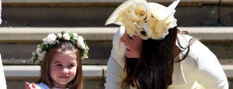 Маленькая проказница: 3-летняя принцесса Шарлотта очаровала всех гостей на королевской свадьбе