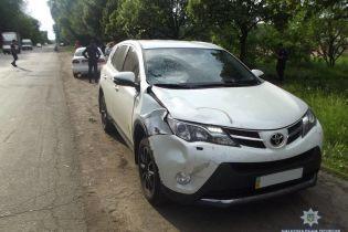 В Чернигове машина сбила 11-летнего мальчика, соучастником ДТП был брат депутата-радикала