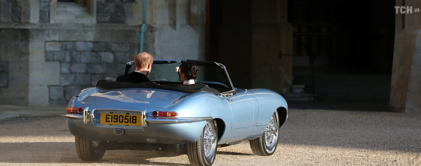 Принц Гарри и его жена Меган покинули Виндзор в знак завершения свадебных торжеств