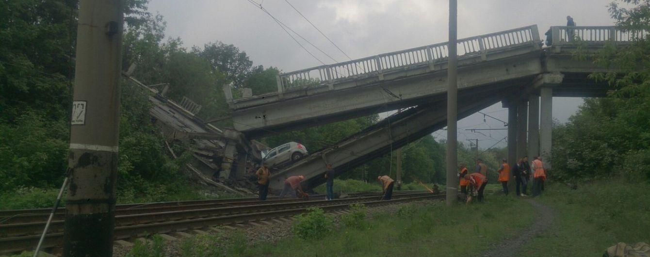 Хрустальный отрезан от Луганска: на оккупированной территории взорвали мост
