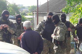 Працівники російської ФСБ проводять обшуки в кримських татар