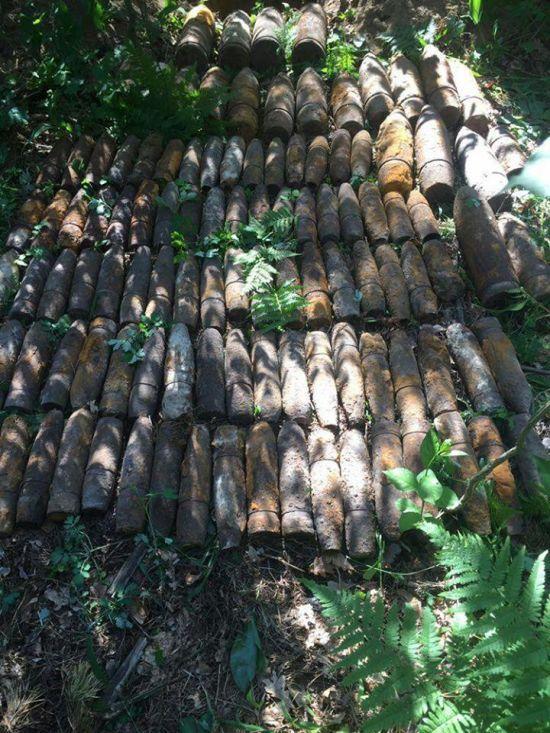 На столичному Святошині знайшли понад сто артилерійських снарядів часів Другої світової