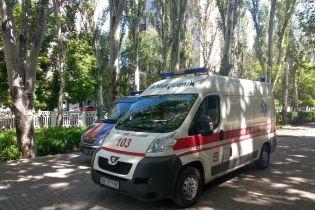 На Киевщине школьника срочно госпитализировали с ВНО из-за подозрения на корь