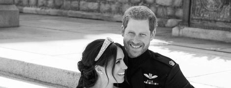 Выглядят счастливыми: герцог и герцогиня Сассекские на официальных свадебных фотографиях