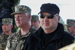 Россия может начать наступление на Донбассе после Чемпионата мира по футболу - Турчинов