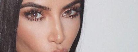 Соблазнительница Ким Кардашян выставила абсолютно голое тело напоказ